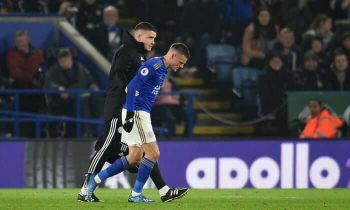 Leicester draws as Vardy sees red; Aston Villa relegated