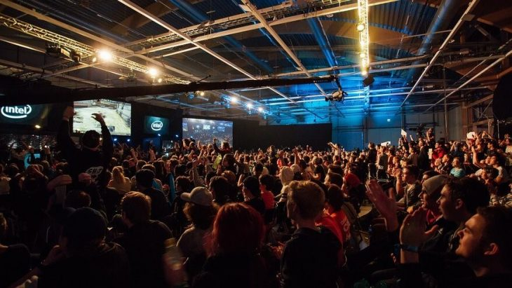 Twitter joins in eSports craze, verifies players accounts