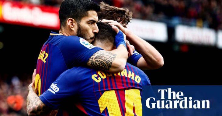Sergi Roberto sees red but Barca keeps unbeaten run