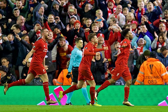 Liverpool beats poor-performing United in Europa League