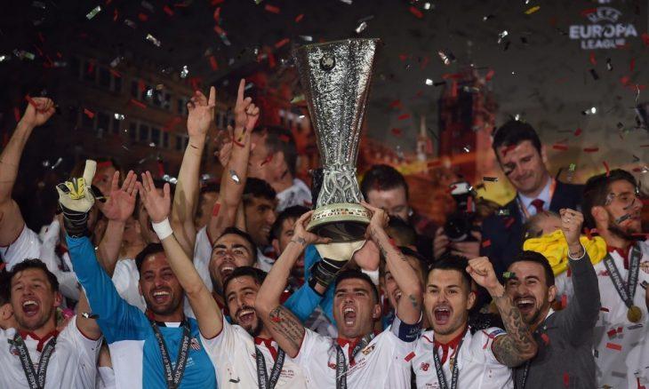 Sparkling Sevilla wins third successive Europa League trophy