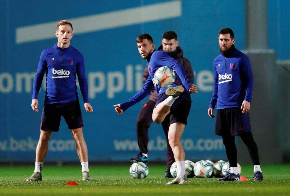 Barcelona v Valencia: La Liga pinnacle battle ends in stalemate