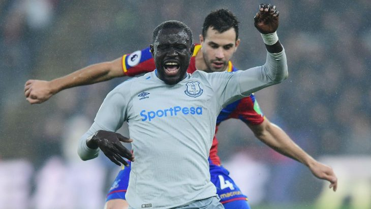 Everton to contest diving charge against Oumar Niasse