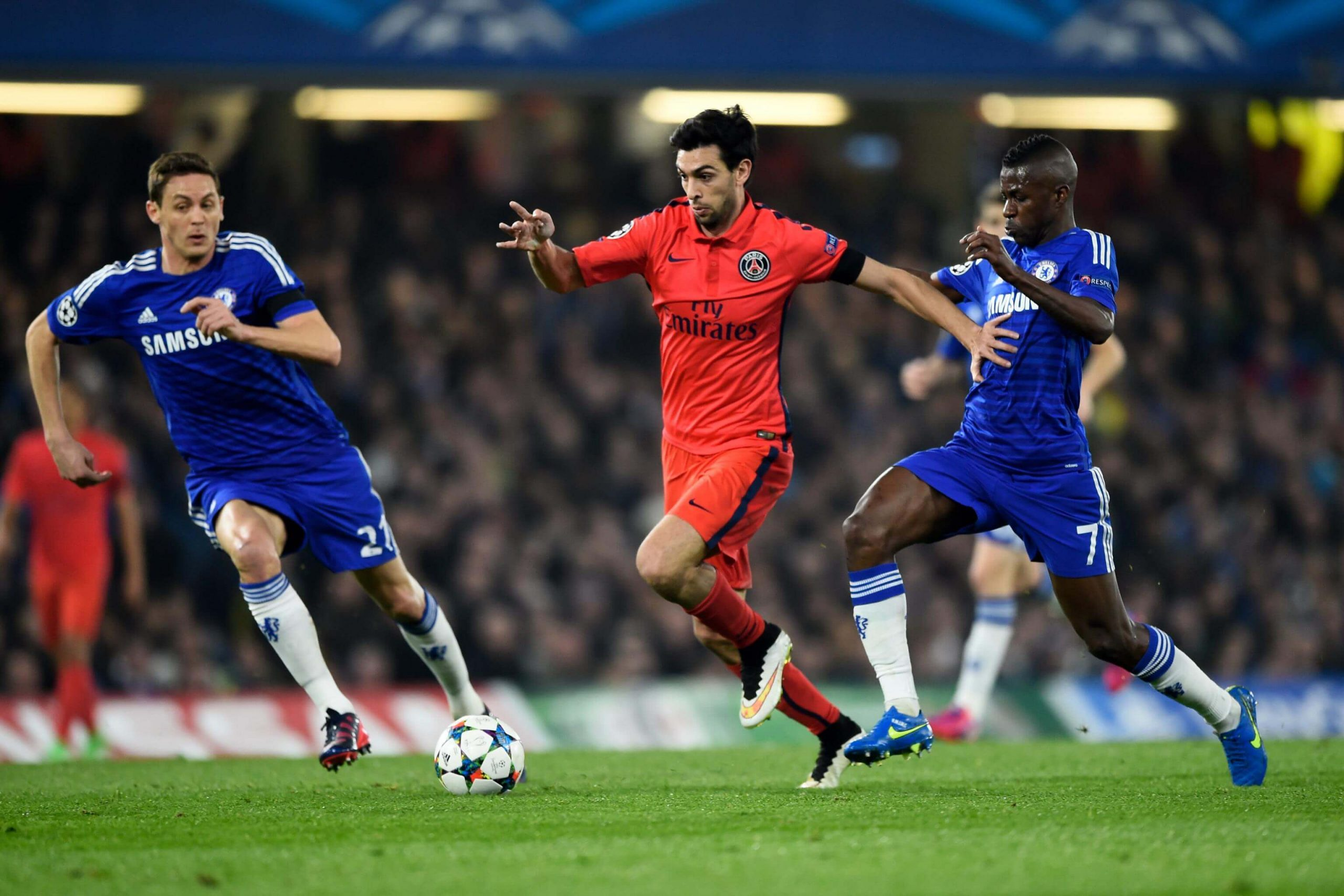 PSG takes slight advantage over Chelsea