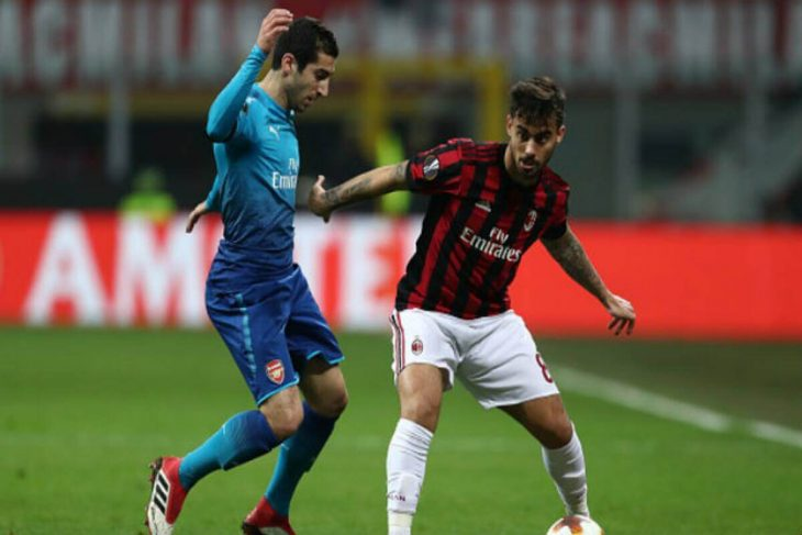 Arsenal ends losing streak with victory over Milan in Europa League